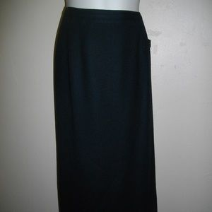Black Bridgewater Classics XL Wool Straight Skirt